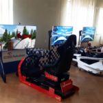 Impreza gwiazdkowa dla dzieci. Ruchome sanie św. Mikołaja z VR i symulatory formuly F1.